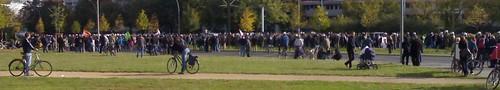 Zwischenkundgebung Platz der Vereinten Nationen