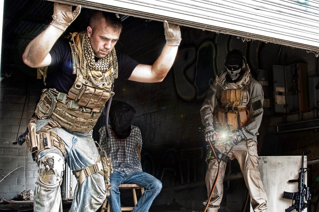 Amazoncom Call of Duty Modern Warfare 2 Resurgence Pack