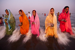 Divine Strength (Ashish T) Tags: ocean sea woman india men water colors festival night canon lowlight women worship colorful god o indian religion tokina celebrations tradition mumbai hindu hinduism puja prayers 1224 rituals chhath 40d socialaffairs ashishtibrewal