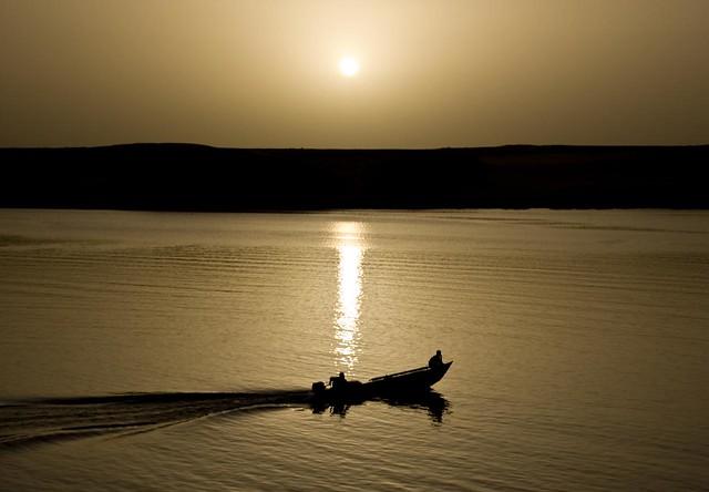 NASSER LAKE - ABU SIMBEL