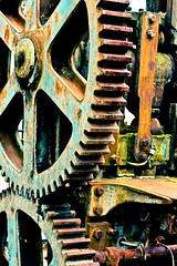 30 Days of gratitude- Day 8 (aussiegall) Tags: old metal technology rusty machinery cogs 30daysofgratitude isoundlikeadinasour mydaughterasksmehowdidisurvivemyteenswithouttheseluxuries