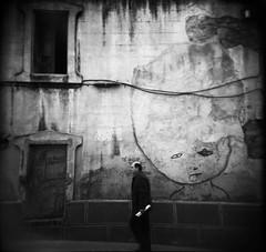 Barcelona (Etienne Despois) Tags: barcelona travel blackandwhite bw square holga artlibres