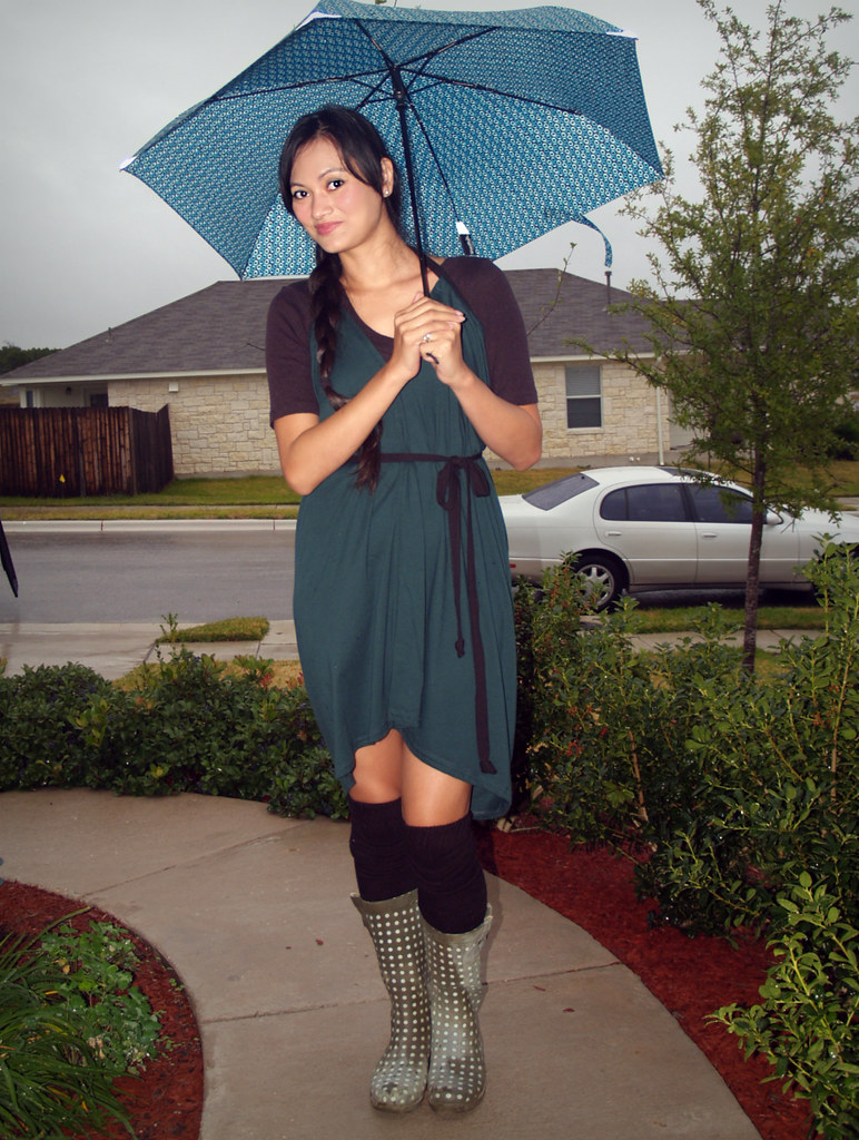 New dress, new umbrella