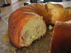 Dinah's Apple Cake