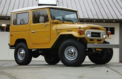 FJ40 Hard Top (t i g) Tags: cars yellow 4x4 toyota land mustard restoration 1978 fj landcruiser 78 cruiser mustardyellow toyotalandcruiser fj40 fjcruiser photo365 uglina photo365kindel