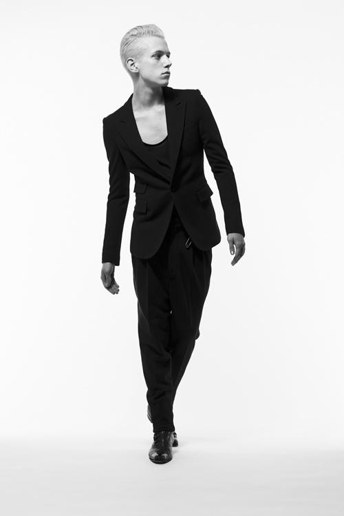 Adam 0010_QL AW11(Fashion Press)