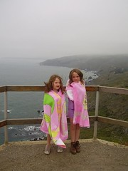 062509-03 Aimee and Ashlee No Cal Coast