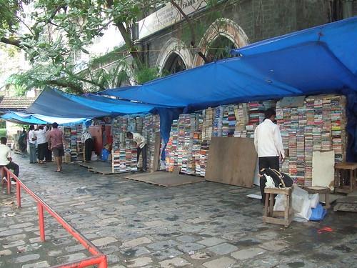Mumbai Bookstore-bookstall1