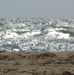 acqua, terra, aria e...fuoco ;-) (zecaruso) Tags: sea sky italy mer beach italia mare waves wind bokeh nikond70s explore ciel cielo sicily rs plage spiaggia italie sicilia vento agrigento onde sicilie 500x500 menfi zecaruso cicciocaruso theauthorsplaza acquaterraariaefuoco
