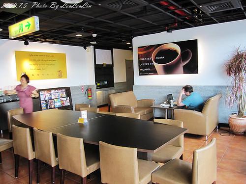 桃園中壢青埔高鐵站|怡客咖啡 Ikari Coffee