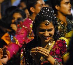 Class (MJField) Tags: india mumbai navratri indianwoman earthasia