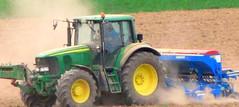JOHN DEERE ; Farming : Planting new wheat
