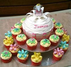 Birthday cake of wonder!