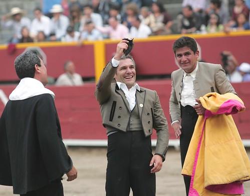 Raúl Aramburú corta oreja en Acho