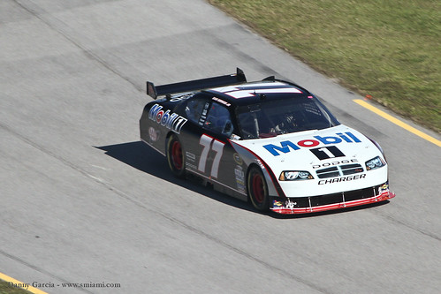 NASCAR - FORD 300 at Homestead-Miami Speedway-33. 77 Sam Hornish Jr.from Bryan, OH driving a Dodge sponsored by Mobil 1 owned by Bill Davis