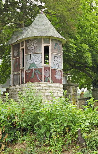 Decorative garden structure, in Kimmswick, Missouri, USA