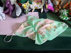leftovers' habitat #9 (EDVARDINE) Tags: green fabric leftovers