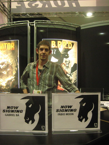 Our signing at Dark Horse booth