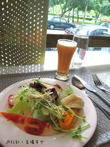 台中 forty cafe 早午餐水果沙拉