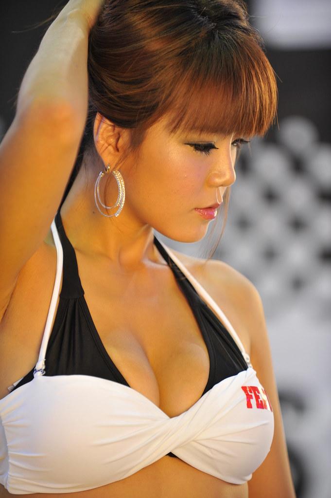 황리아 - HWANG Rya