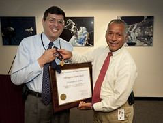 Christopher Scolese Receives the NASA Distingu...