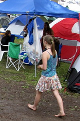 2009 - 07 - 18 - barefoot & beskirted (Mississippi Snopes) Tags: summer music cute girl grass walking crowd dirt barefoot ponytail younglady striding spaghettistraps printskirt trumansburgnewyork 17thannualgrassrootsfestival idguessacornellstudentbutpossiblyoneofthosefestivalpeople orithacacollege