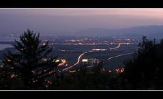 Landpainting ? (MB*photo) Tags: panorama night switzerland view suisse lumière lausanne jura a1 serpent autoroute léman genève nuit vue trafic ambiance rolle vaud phares gland lacôte signaldebougy wwwifmbch marcbaertsch