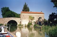 930626 Canalside Home (rona.h) Tags: france june de 1993 pont cacique canaldumidi ronah pigasse