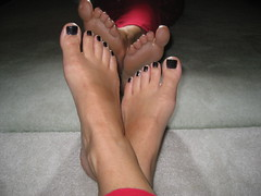 Air Dry (True Blue!) Tags: feet toes dry pies wetpaint midnightfrost