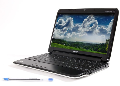 Acer Aspire 11.6 notebook: Timeline su Intel CULV ir Win 7