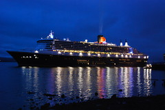 Queen Mary 2 (william smith1) Tags: clyde queenmary2 cunard