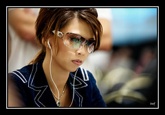 super sharp (Liz Lieu) Tags: sunglasses ipod morocco pokertournament lizlieu thepokerdiva propokerplayer chilipokercom chilipokerambassador wptmarrakech huguesdeffournaisephotography specialeditionphotos