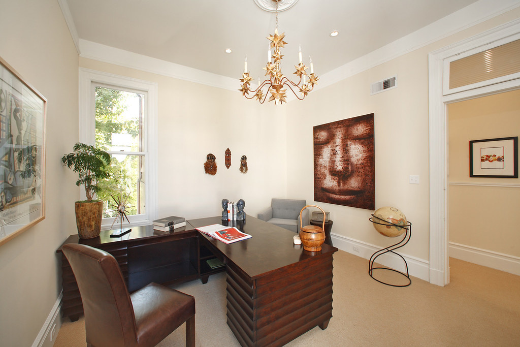 4160764445 b342a4d578 b The Pacific Heights Dream Home