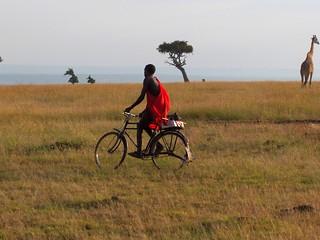 Masai passeando na savana