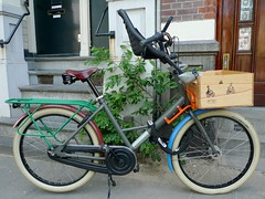 workcycles-fr8-roos-stallinga 4 (@WorkCycles) Tags: newyork dutch amsterdam bike book colorful crate multicolor fr8 workcycles roosstallinga ridewithmenyc