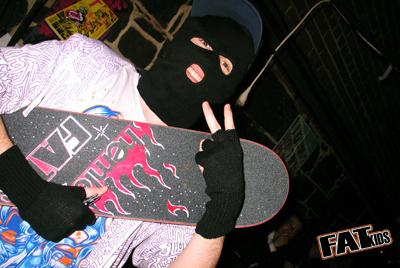 tom skateboard