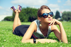 Anastasia #2 (Geshpanets) Tags: light summer sun girl beauty grass sunshine 50mm glasses dress 5d 5014 inthegrass