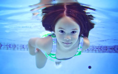 P&S: The Little Mermaid (isayx3) Tags: blue portrait water pool swimming canon point shoot underwater dof little bokeh ps powershot explore swimmer mermaid finale frontpage pointshoot sd300 4mp plainjoe isayx3