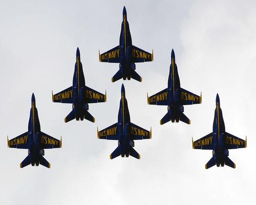 フリー画像| 航空機/飛行機| 戦闘機| ブルーエンジェルス| F/A-18 ホーネット| F/A-18 Hornet|      フリー素材|