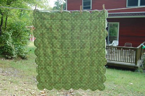 scalloped baby blanket - back