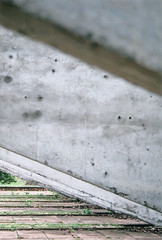 Concreto (Mateus Hidalgo) Tags: brazil arquitetura brasil architecture concrete grey gris arquitectura university université nikonfm10 cinza matogrosso universidade brésil cuiabá concreto ufmt béton provalue200 fujiprovalue200 bétonarmé fujicolorprovalue200 concretoarmado betãoarmado museurondon