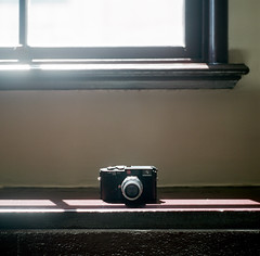 (HaoJan) Tags: leica black rolleiflex summicron chrome e 28 50 m6 502 f20 400h xenator manner