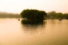 Houhai lake (Beijing, China) (marcusuke) Tags: china lake nikon beijing hai houhai d300 hou