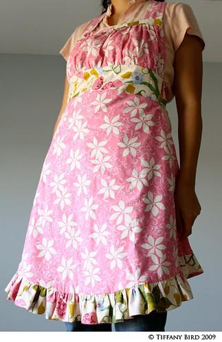 reverse apron pink 2