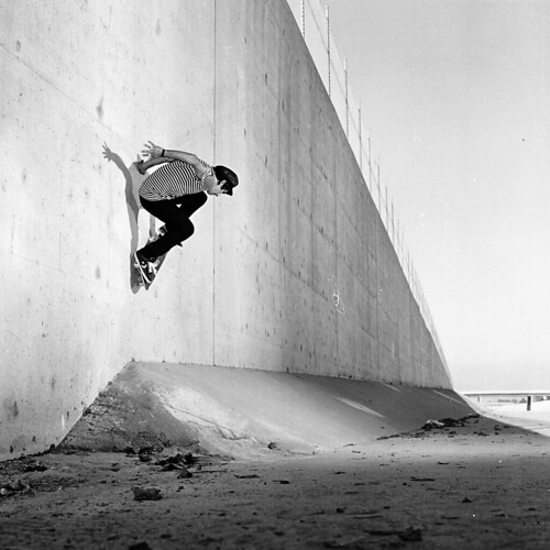 Eric Ontiveros Back Side Wall Ride 405