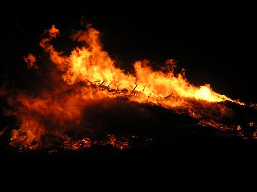 flames bonfire usedbysomeone