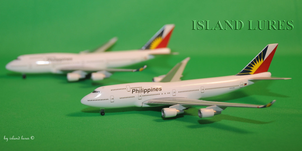 Philippine Airlines - Boeing B747-400