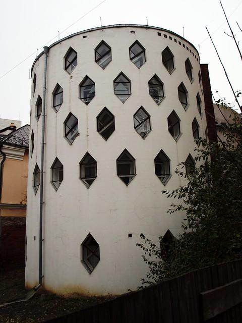 Москва (Moscow) - Krivoarbatsky pereulok (Кривоарбатский переулок)