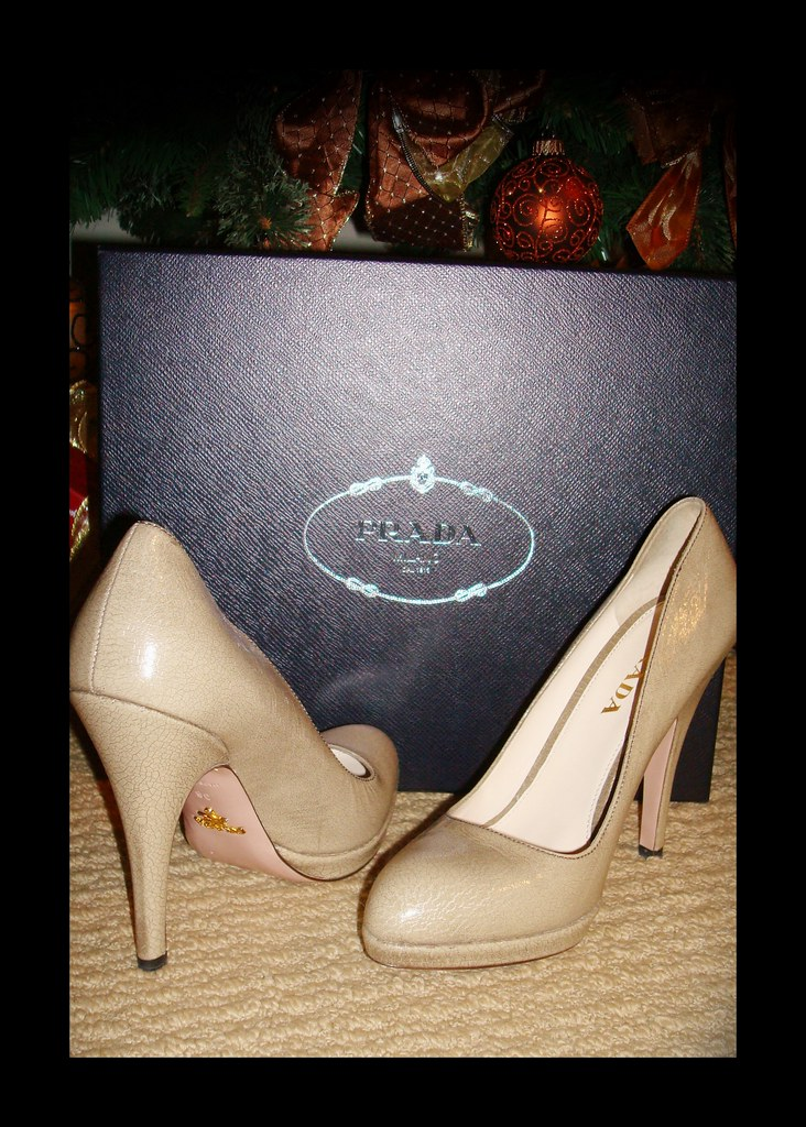 prada crackle brush pumps
