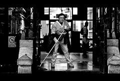 Escena Limpia. # Portada en Explore FP (4) (Antonio Goya) Tags: life street people urban blackandwhite bw espaa blancoynegro spain nikon espanha flickr top candid cotidiano ciudad social panoramic best bn enero zaragoza explore mercado vida panoramica urbano tamron 90mm 169 frontpage goya soe ff 2010 robado d90 fotoreportaje callejeo supershot cinematico abigfave platinumphoto anawesomeshot aplusphoto expohistorica flickrlovers